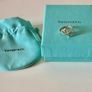 Tiffany & Co 925 Sterling Silver Ring Size 5 1/2